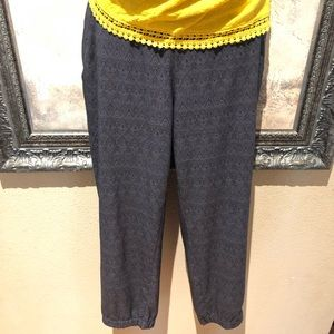 Eddie Bauer Jogger Pants Size Small zipper pocket